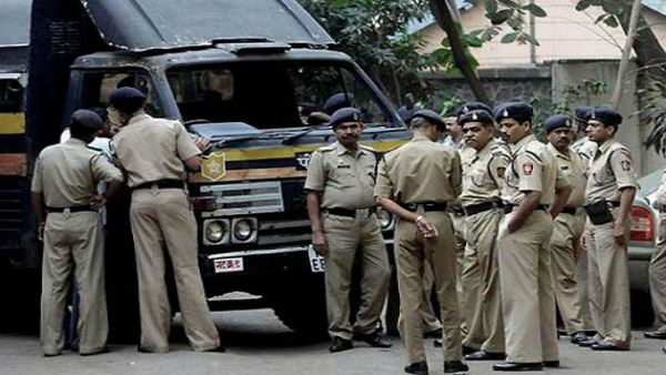 gujarat-police-arrested-a-boy-who-sent-terror-related-fake-messages