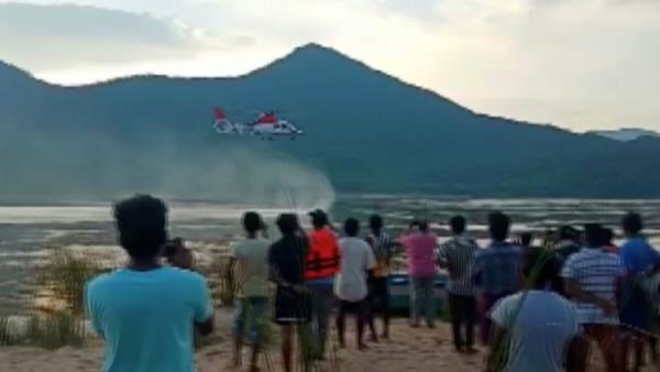 Indian Navy helicopter finds no survivors or bodies of the Godavari boat tragedy