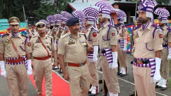 8500 posts of different ranks of sub inspectors, constables to be filled shortly in jammu kashmir