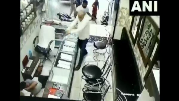 jewellery shop owner was attacked by his neighbour and his two sons in Muzaffarnagar