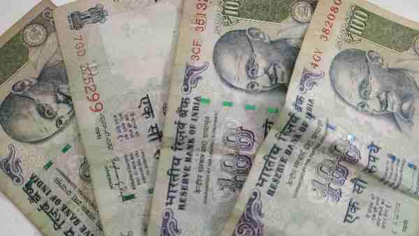 ATM से नहीं निकल रहे हैं 100 रुपए के नोट,ये है बड़ी वजह