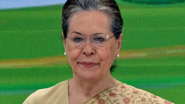 Congress interim president Sonia Gandhi meets CMs from Congress Ruled States