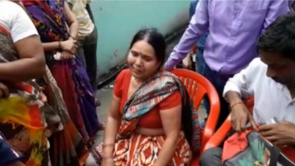 woman jumps to death over husband illicit relationship