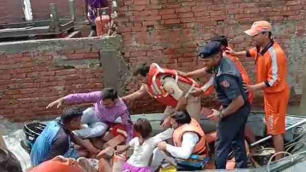 DM Surendra Singh fell down during flood relief work