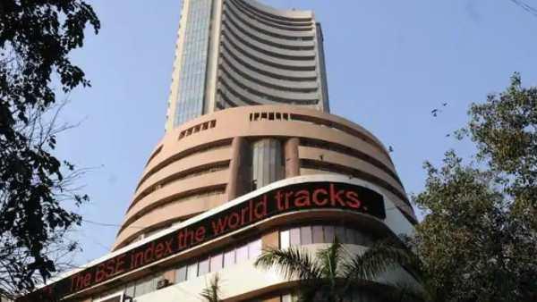शेयर बाजार: दिवाली पर मुहूर्त ट्रेडिंग में सेंसेक्स 192 अंक चढ़ा, निफ्टी 11,600 पार
