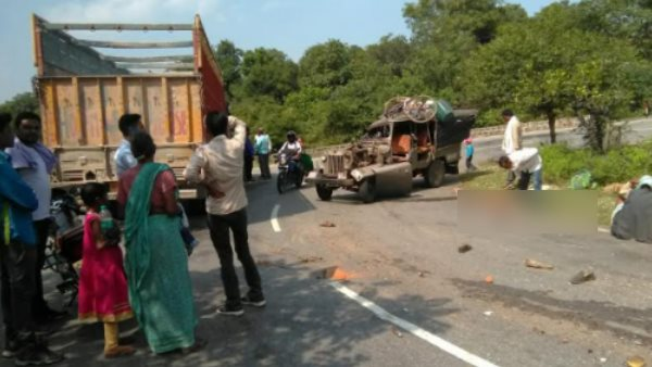 one died many injured road accident in chandauli