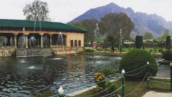 इसे भी पढ़ें- J&K: आर्टिकल-370 हटने के बाद श्रीनगर के मुगल गार्डन की ऐसे चमकने वाली है किस्मत