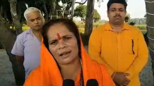 sadhvi prachi demands securti after kamlesh tiwari murder
