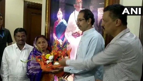 महाराष्ट्र की राजनीति में आया नया मोड़, 4 निर्दलीय MLA ने शिवसेना को किया सपोर्ट