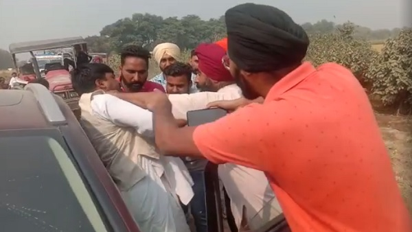 bjp leaders beaten by unknown people in pilibhit