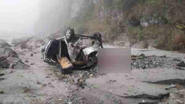 Five people died in road accident in Tehri