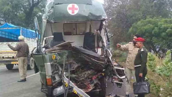 punjab army ambulance collapsed three soldier died