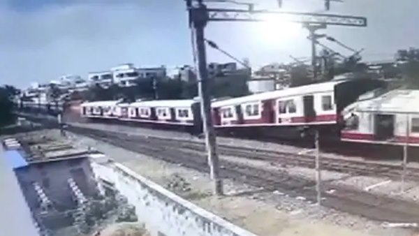 CCTV footage of the collision between Falaknuma train and Secunderabad Hundry Express