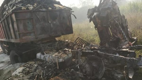 two burnt alive after after truck accident in bareilly