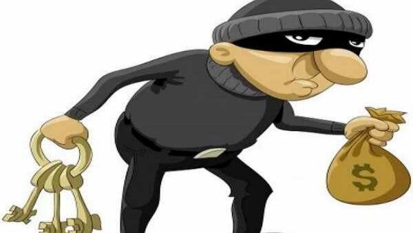 एसयूवी से भागा चोर