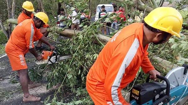 पश्चिम बंगाल में 'चक्रवात बुलबुल' का कहर, 10 लोगों की मौत