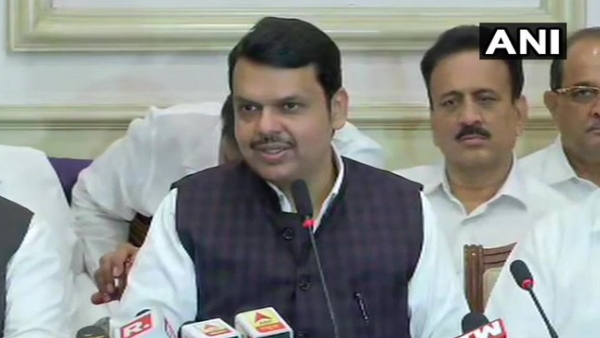 Maharashtra Devendra Fadnavis announced his resignation know 10 big things about the press conference