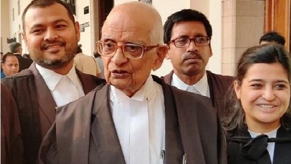 ये भी पढ़ें: Ayodhya Verdict: 'रामलला' के वकील परासरण, जिन्होंने 92 साल की उम्र में लड़ी कानूनी लड़ाई