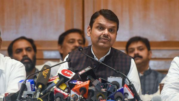 इसे भी पढ़ें- महाराष्ट्र: फ्लोर टेस्ट से पहले भाजपा ने क्यों चुना इस्तीफे का रास्ता
