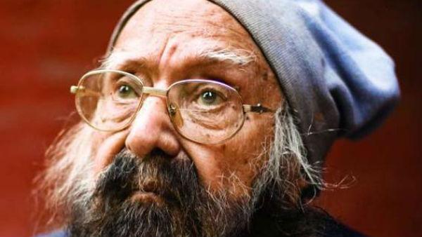 यह पढ़ें: Khushwant Singh की किताब को देखकर भड़के रेलवे अफसर, अश्लील बताकर स्टॉल से हटवाया