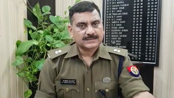 sacked pac jawan ends life by hanging in meerut