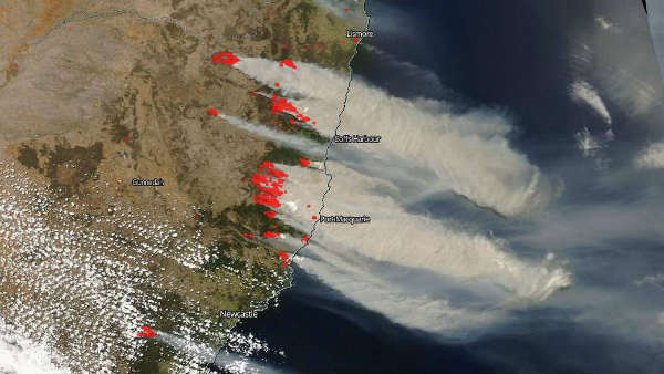 NASA captures satellite picture of Australia bushfire