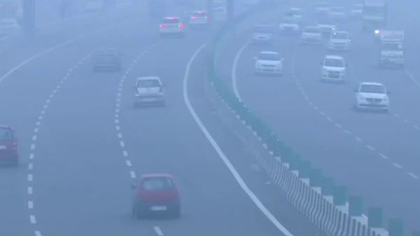 यह पढ़ें: Delhi Air Pollution: स्मॉग की चादर से घिरी दिल्ली, प्रदूषण खतरनाक स्तर पर, स्कूल-कॉलेज बंद