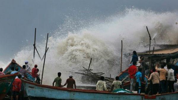 यह पढ़ें: IMD Warning: चक्रवात 'महा' हुआ ताकतवर, इन राज्यों में भारी बारिश का अलर्ट जारी