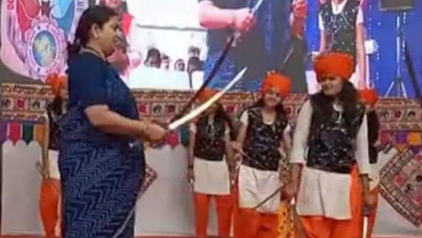 Smriti Irani performs 'talwar raas', a traditional dance form using swords in Bhavnagar