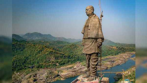 It was unveiled on the occasion of Patel's 143rd birthday