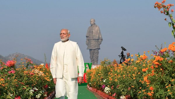 12 lakhs are being spent every day on the statue of Sardar Patel