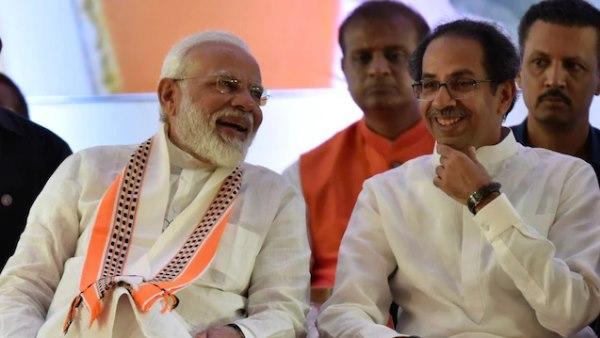 उद्धव ठाकरे ने PM मोदी को फोन करके शपथग्रहण में आने का दिया न्योता