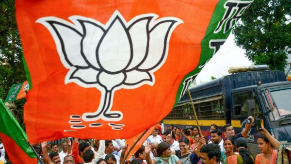 BJP Expels 2 Rebel leader Contesting as Independent Candidates in Karnataka Bypolls