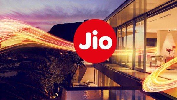Reliance Jio Bumper offer: जियो धमाका, 5 महीने तक FREE डेटा के साथ पाएं अनलिमिटेड कॉलिंग भी