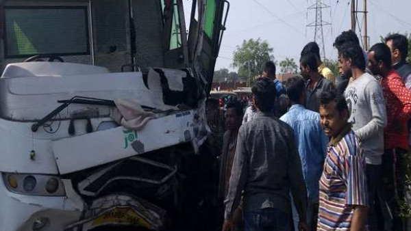 इसे भी पढ़ें- रांचीः मजदूरों से भरी जीप में बस ने मारी भीषण टक्कर, 5 लोगों की मौत