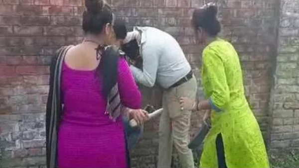 darbhanga lalit narayan university girls beaten to man for eve teasing