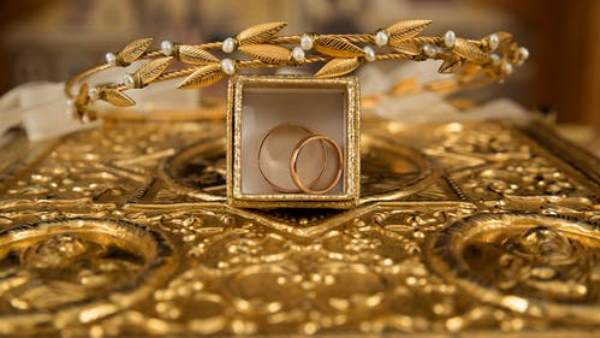 Gold Rate Hike but Silver Price Reduce, Know Todays Gold Rate