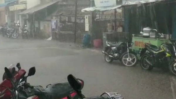 यह पढ़ें: Tamil Nadu rain Live Updates: कुड्डालोर, नागपट्टिनम और थुथुकुडी जिलों में कई स्थानों पर जलभराव