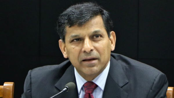 Former RBI governor Raghuram Rajan On Indias Falling GDP government focussing more on politics