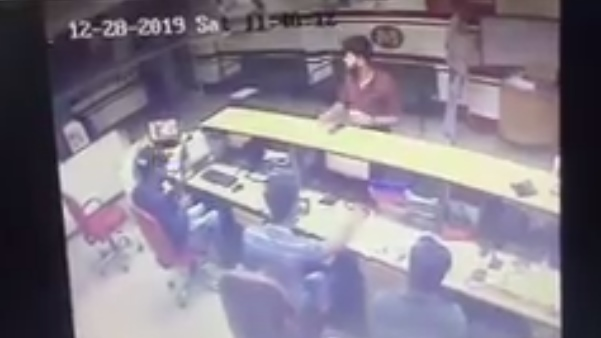 Robbery Attempt at Muthoot Finance in Udaipur