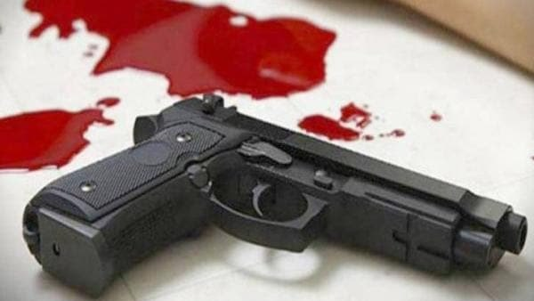 RSS worker and BJP supporter was shot at by unidentified assailants in kolakta