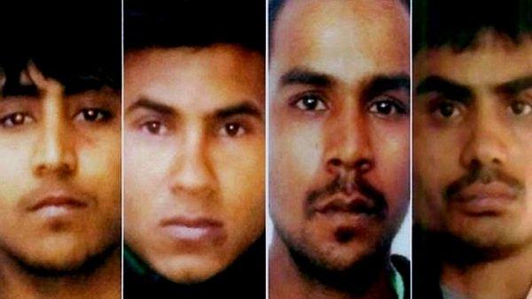 बेटों के कुकर्म की सजा भुगत रहा निर्भया के दोषियों का परिवार