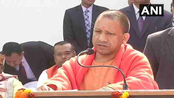 yogi Adityanath said india should unite and support NRC