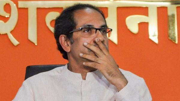 <strong>एनसीपी-कांग्रेस ने मंत्रीपद के लिए लड़ना नहीं छोड़ा तो इस्तीफा दे देंगे ठाकरे</strong>'