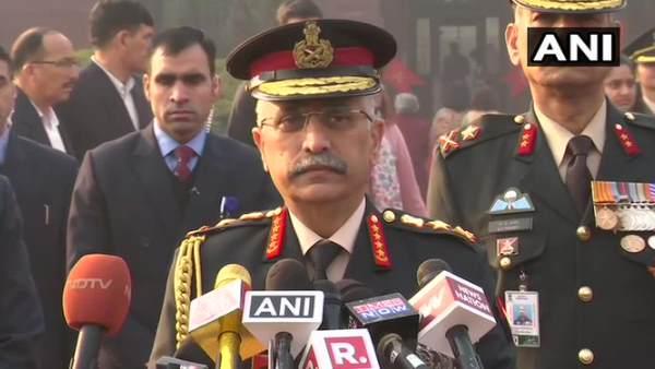 नए सेना प्रमुख को मिला गार्ड ऑफ ऑनर, बोले- तीनों सेनाएं देश की रक्षा के लिए तैयार हैं