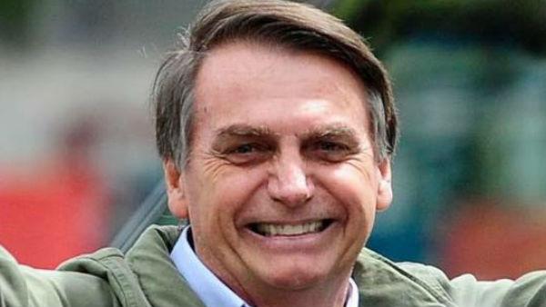 यह पढ़ें: Republic Day 2020: गणतंत्र दिवस पर ब्राजील के राष्ट्रपति होंगे खास मेहमान, जानिए कैसे होता है भारत में मुख्य अतिथि का चयन