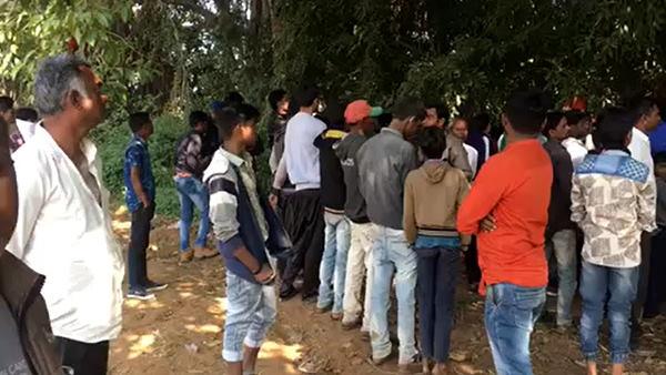 गुजरात में 'निर्भया' कांड: युवती को अगवाकर 4 लोगों ने गैंगरेप किया, फिर हत्या कर पेड़ पर लटकाया