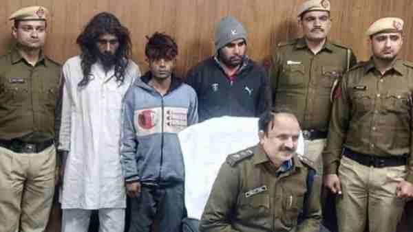 बाहरी बताकर हापुड़ के कारोबारी की गुड़गांव में हत्या, तीन लोगों को पुलिस ने किया गिरफ्तार