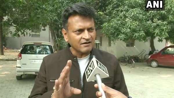 जदयू नेता अजय आलोक ने सीएए पर मुखर प्रशांत किशोर को कहा कोरोना वायरस