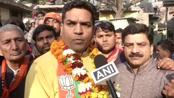 Election Commission has banned BJP candidate Kapil Mishra Election campaigning